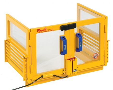 Safety guard PP for presses with coded safety switch